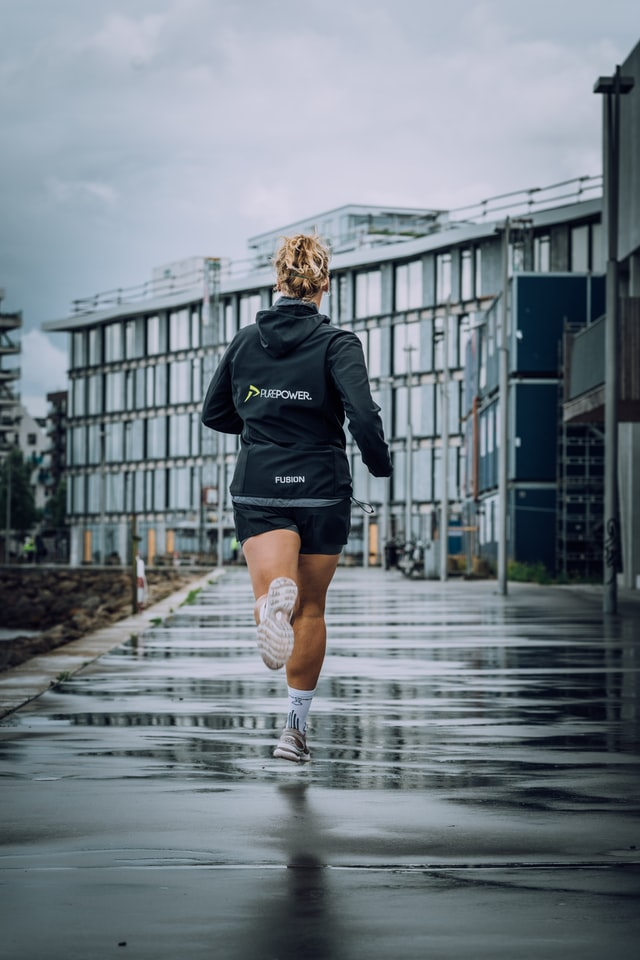 How many km should I run a day to lose weight